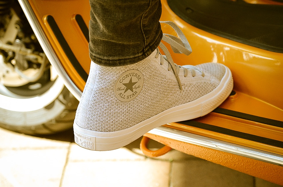 b8ff3045be4d Here s how the Converse Chuck Taylor All Star x Nike Flyknit  Wolf Grey Cool  Grey  looks on -feet