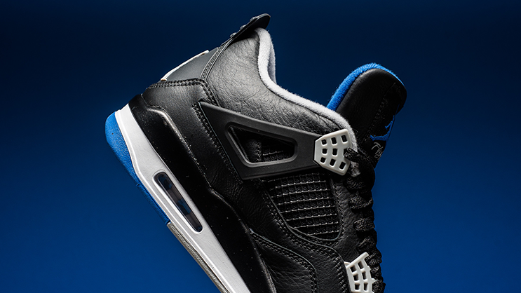 """a6b9dbb47e415f Making a debut this weekend is the alternate version of the previous Air  Jordan 4 Retro """"Motorsport"""""""