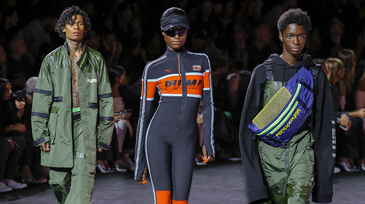 the best attitude 72e30 ee2f1 Rihanna has recently presented her Fenty x Puma Spring Summer 2018 show in  New York. The Barbadian singer revealed a collection laced with sportswear  ...