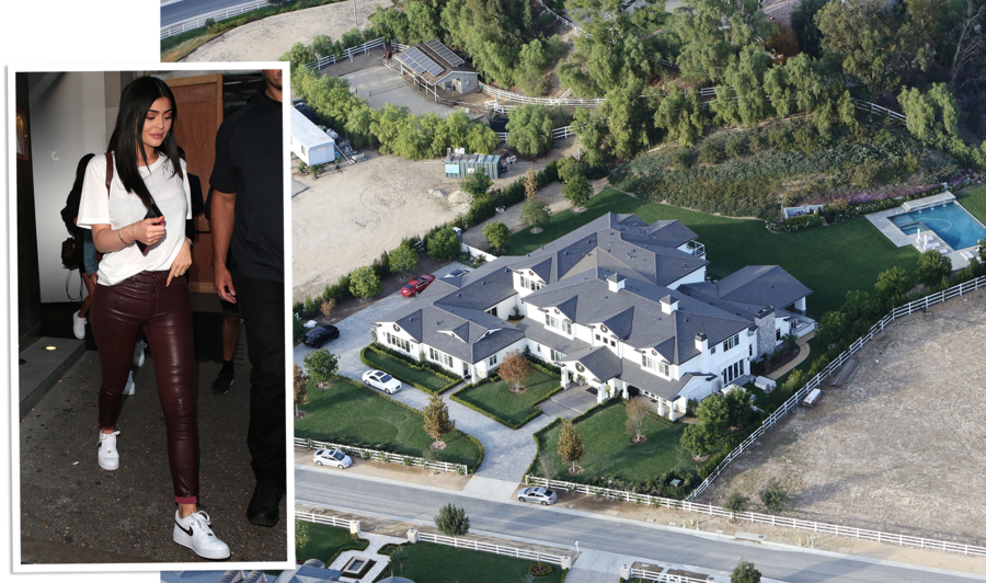 The story of calabasas and kanye west s calabasas for Kanye west house address